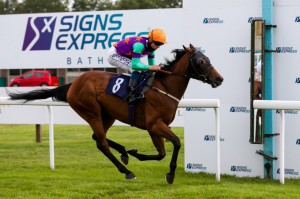 Micheals Choice winning at Bath today